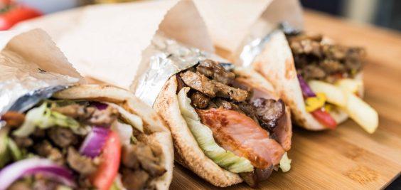 Original-Smokey-BBQ-Greek-Souvlaki_1286-1900x900