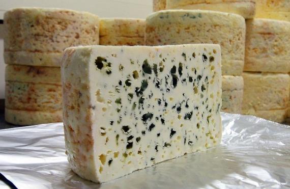 roquefort-cheese-cave-66.jpg
