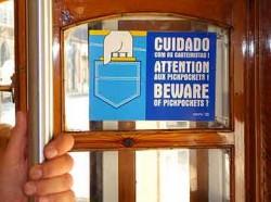 lisbon-pickpocket-sign-250x186